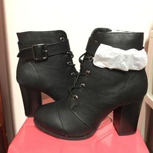 Shoes - COMBAT BOOTIES